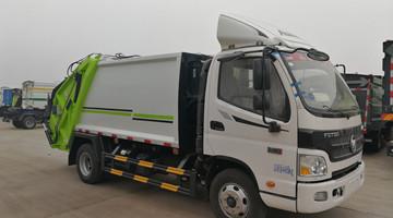 福田欧马可8方压缩式垃圾车