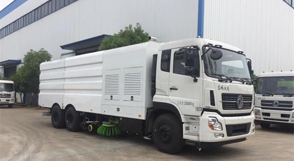 东风25吨CLW5258TXSE6型洗扫车