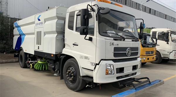 机场跑道专用东风天锦8吨洗扫车(16立方)